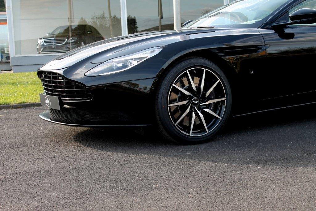 Herando Aston Martin Db11 Launch Edition Bang Olufsen