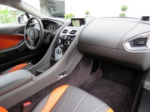 Aston Martin V12 Vanquish j02499