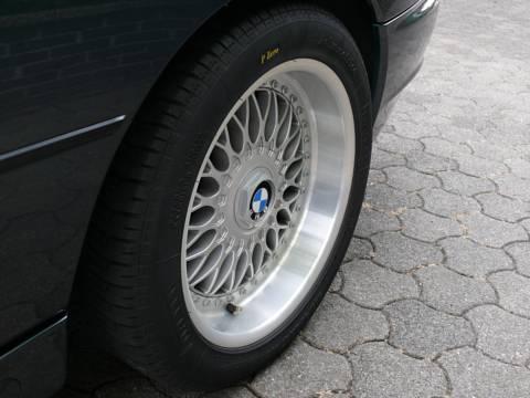 hinten 265, Reifen neu