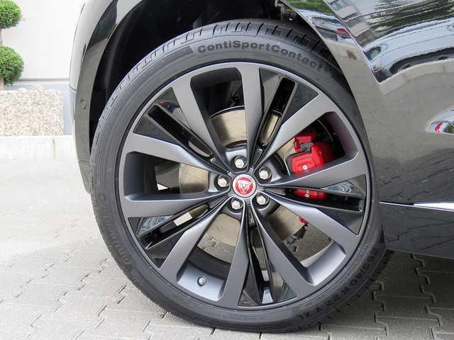 Herando Jaguar F Pace 30d Awd First Edition