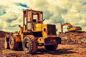 Bauhandwerker-Familie benötigt 600.000,- EUR-Darlehen