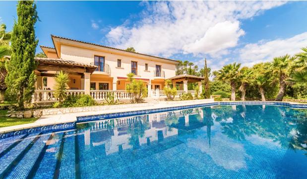 Neuwertige Country-Villa bei Costitx-Mallorca