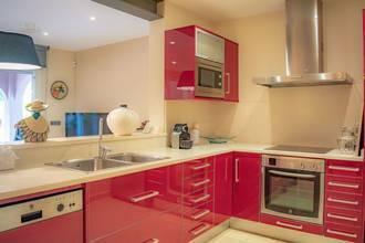 ... farbenfrohe Küche