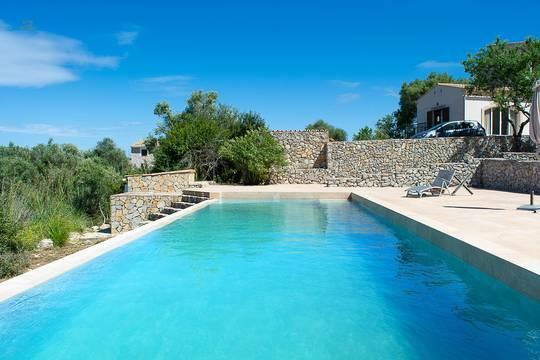 Salzwasser-Infinity-Pool...