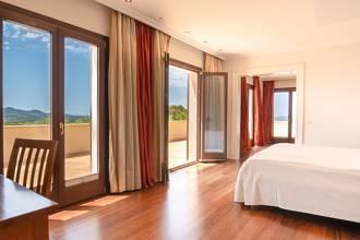 Doppelschlafzimmer mit Zugang...