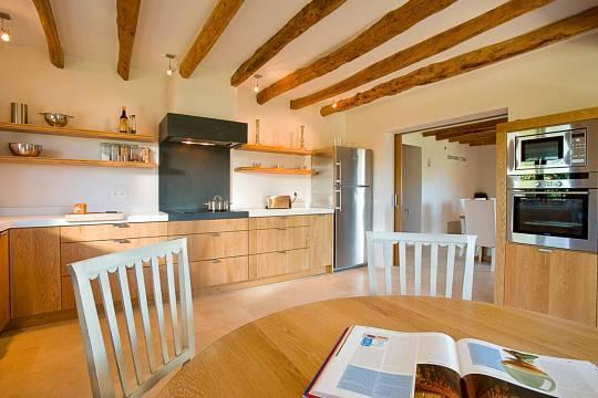 Komplett ausgestattete Küche...
