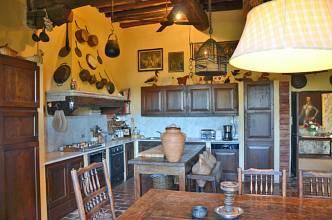 RIF 2540 Küche mit Essbereich