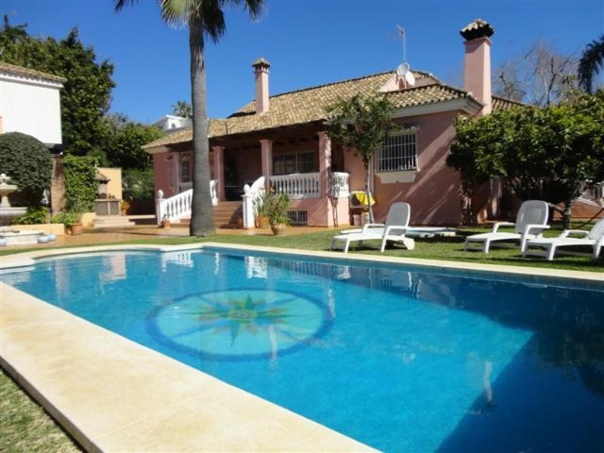 Herando   villa for sale in   El Rosario