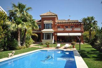 Luxus-Villa in Las Chapas