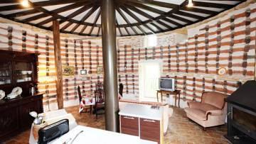 Taubenhaus - Wohnraum mit Küche